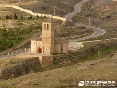 Destilería DYC y Ciudad de Segovia;solo mochilas;trekking en madrid